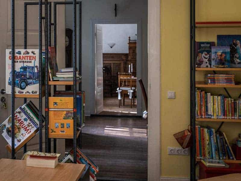 Bücherei Blick ins Trauzimmer